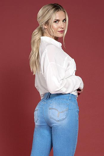 Women Petite WannaBettaButt 2-Button Cuffed Denim Jeans