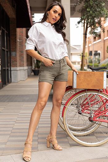 Women Petite 2-Button Hide Your Muffin Top High-Rise Cuffed Shorts