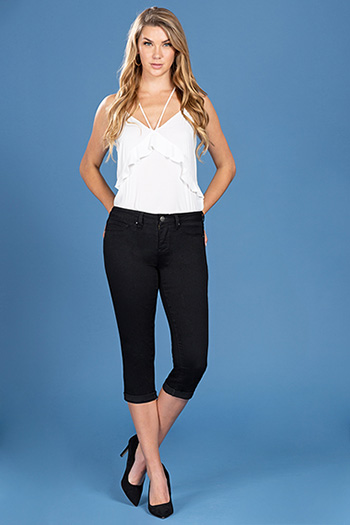 Women Mid-Rise Double Rolled Cuff Ankle Jean