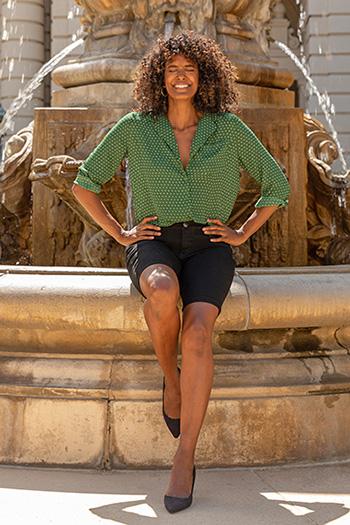 Women Modern Mid-Rise Bermuda