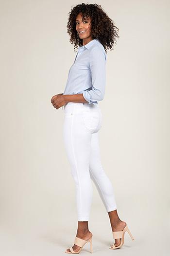 Women WannaBettaButt Cuffed Ankle Jeans