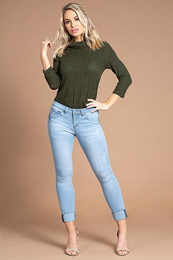 Women WannaBettaButt Mega Cuff Ankle Jean