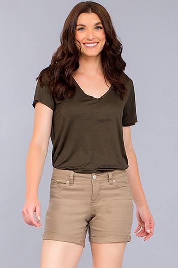 Women WannaBettaButt Cuffed Shorts