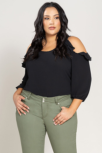 Women Plus Size WannaBettaButt Cuffed Capri