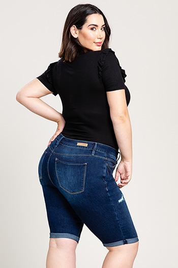 Women Plus Size 4-Button Rolled Hem Bermuda