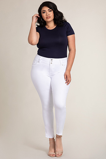 Women Plus Size WannaBettaButt 3-Button Skinny Jean