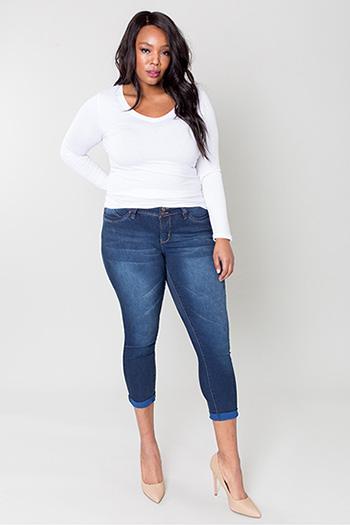 Women Plus Size WannaBettaButt 2-Button Cuffed Anklet