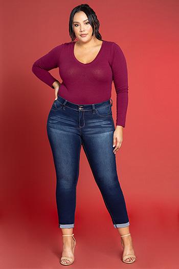 Women Plus Size WannaBettaButt 2-Button Cuffed Skinny Jeans