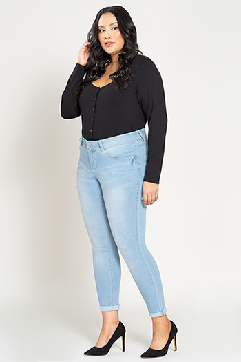 Women Plus Size 2-Button Cuffed Denim Ankle Jean