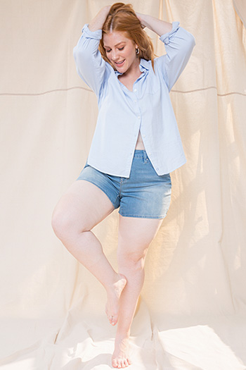 Women Plus Size Mid-Rise Basic Shorts